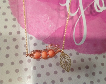Natural coral pea pot necklace