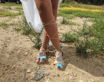Strappy  Sandals with Turkiz pompons