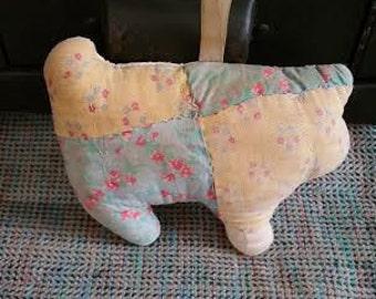 Vintage quilted pig