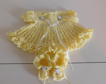 Handmade crochet baby dress  with matching booties size 3-6 months
