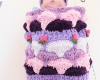 Tulip Crochet Cocoon
