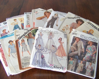 Lot of 12 Vintage Sewing Paper Patterns