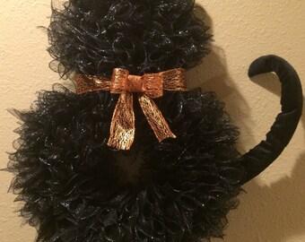 26 Inch Black Deco Mesh Cat Wreath