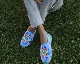 Alpargatas pintadas a mano talavera estilo barroco, bohemio, etnico, zapatos mexicanos pintados a mano, zapatos talavera mexico