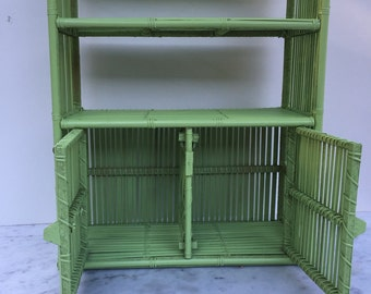 Bamboo green display case Shabby Chic