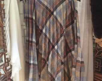Pleated Wool Plaid Skirt