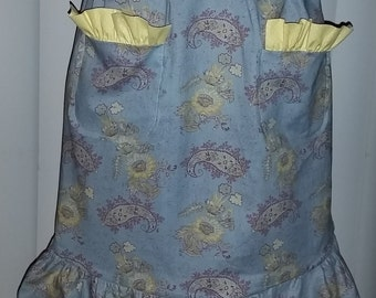 Vibrant Yellow Flowers on Grey Apron Shorty - Labor Day Coupon: Five dollars off !