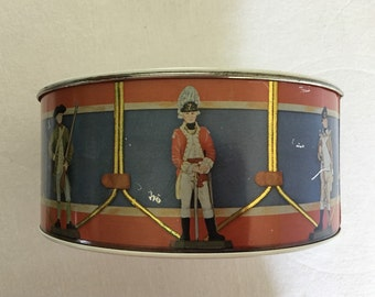 Vintage TOY DRUM with Soldiers, collectible item, vintage tin toy drum, collectible toy, soldiers