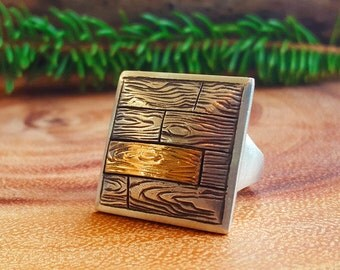 Two-Tone Wood Grain Ring