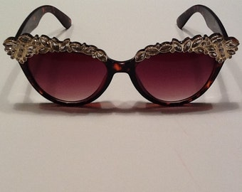 Black Sunglasses with Crystals