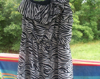 Eyelash Couture Ladies Zebra Stripe One Shoulder Mini Dress, Size XLarge