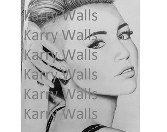Miley Cyrus Drawing in Pencil