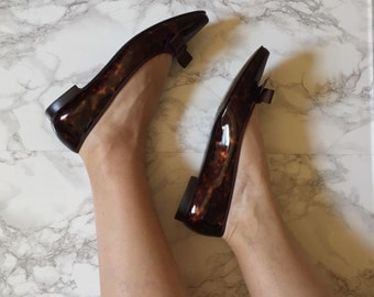 marbled bow ballet flats | caramel patent leather shoes