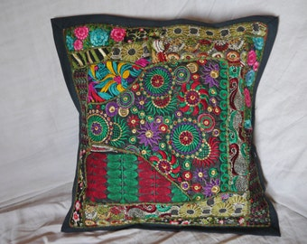 5 cushion covers patchwork of Rajasthan (India) - 5 Patchwork cushion covers of Rajasthan (India)