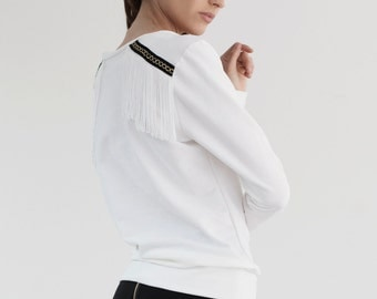 White Jersey sweater