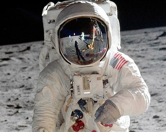 Astronaut Buzz Aldrin on the Moon During Apollo 11 - 8X10 NASA Photo (BB-945)