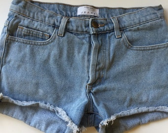 Vintage high waisted shorts light wash