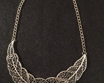 Plastron silver or gold size adjustable free shipping