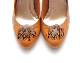Manon - Brown Feather Shoe Clips