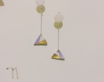 Swinging Triangle Earring <st-1>