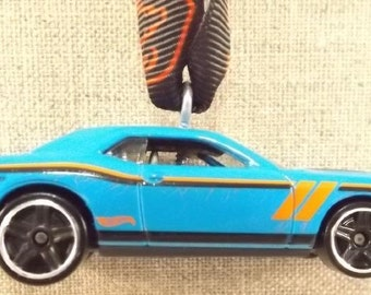 Dodge Challenger Hellcat - Christmas Ornament - FREE SHIPPING