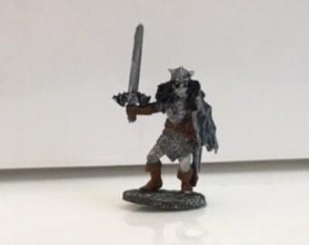 D&D Miniature: Female Dark Elf