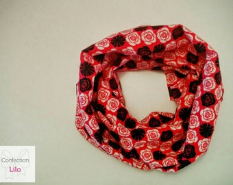 Infinity scarf with tie