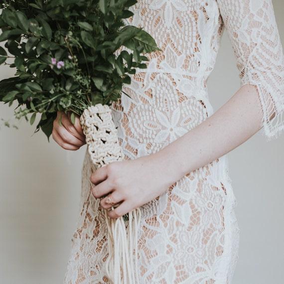 Bohemian Bride • Macrame Wedding Bouquet Wrap / Bouquet Holder