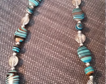 beautiful turquoise striped glass bead necklace