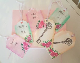 12 x alice in wonderland themed tags