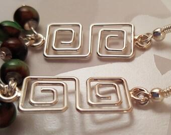Square Spiral Links Earrings with Mottled Green Resin Beads