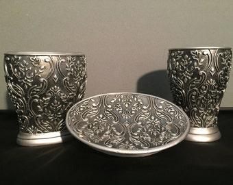 Silver filigree Bathroom set