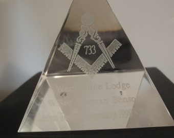 Masonic Opitcal Crystal PAPERWEIGHT in presentation Box size 9cm