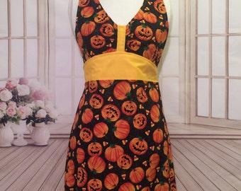 Women's apron, Halloween apron, pumpkin apron, Fall apron, cute apron, flirty apron, AmorysAprons