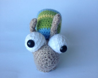 Crocheted animal Kees Snail