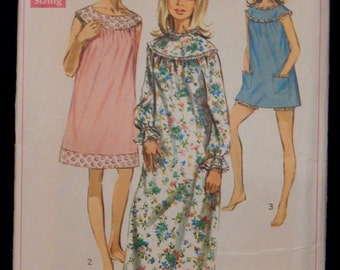 Vintage Nightgown and Bloomers Pattern Simplicity 7910 1960's