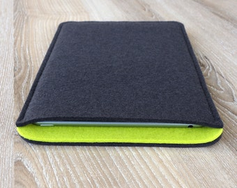 sleeve for iPad 2 / iPad 3 / iPad 4 · wool felt (100% wool) case cover · made in Germany · color: ANTHRACITE/LIME
