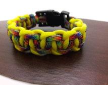 Paracord Bracelet, Cool Multi Color Woven Pattern