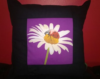 Lady Daisy Cushion