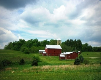 Red Barn on Hill Photo on Canvas