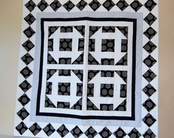 Black and White Square Table Topper