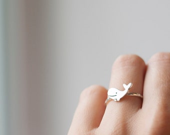 Cute Whale Ring, Handmade Animal Ring, Silver Whale Jewelry, Ocean Jewelry, Silver ring little whale