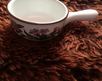 Lovely Villeroy & Boch Botanica Small One Handled Bowl Dish