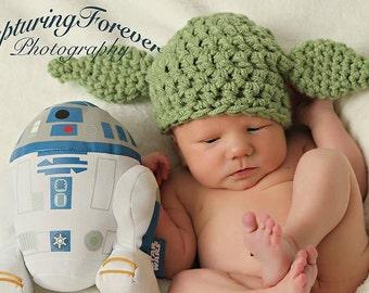 "Crochet ""Yoda"" inspired Star wars hat"