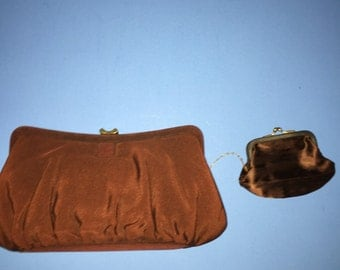 Garay Vintage Clutch with Retro Top Clasp and Attached Change Purse