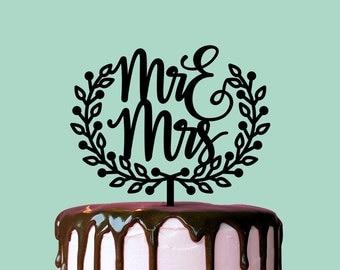 Wedding Cake Topper, Mr and Mrs Wreath, Custom Cake Topper, Custom Cake Decor