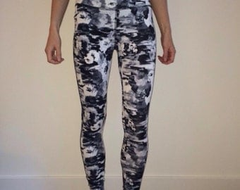 Women's Exercise Leggings