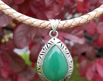 Price reduced! Vintage Sterling Silver Aventurine Teardrop Pendant on Braided Leather Necklace