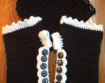 Fingerless Gloves and Mohawk Hat