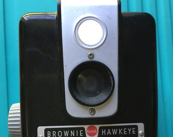 Vintage 1950 Era Kodak Brownie Hawkeye Camera
